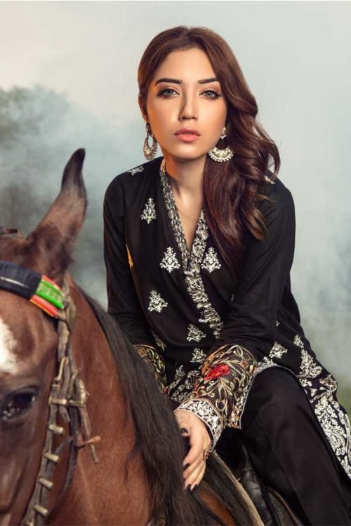 Muzayyan by Adan's Libas Black Kurti Collection - Original Muzayyan by Adan's Libas Black Kurti Collection Design 4 Adan Libas Pakistani Suits
