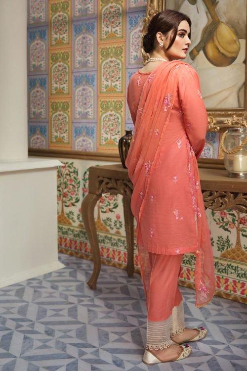 *Hot on Sale* Raaya Embroidered Lawn Winter Karandi by Rang Rasiya D 704 A HOT Ready to Ship - Original Pakistani Suits