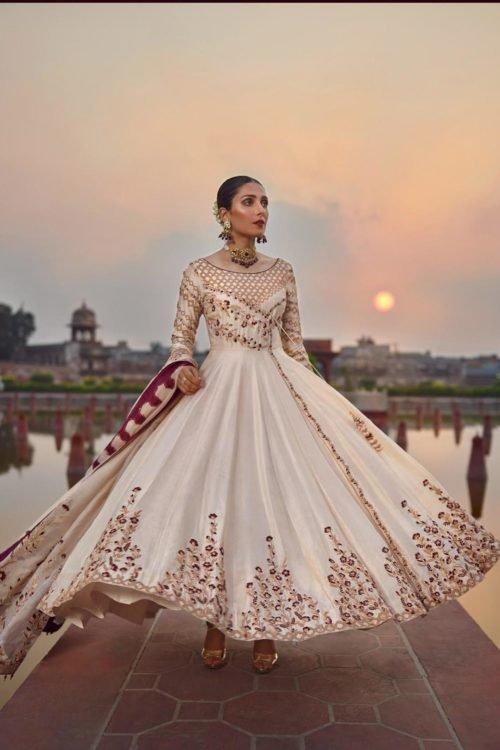 Raiza- Wedding Collection by Qalamkar – Saleena QF-08 Raiza- Wedding Collection by Qalamkar - Original Ready to Ship - Original Pakistani Suits